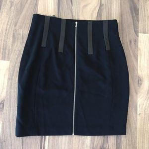 NWT Rag & Bone Black skirt with zipper Size 10